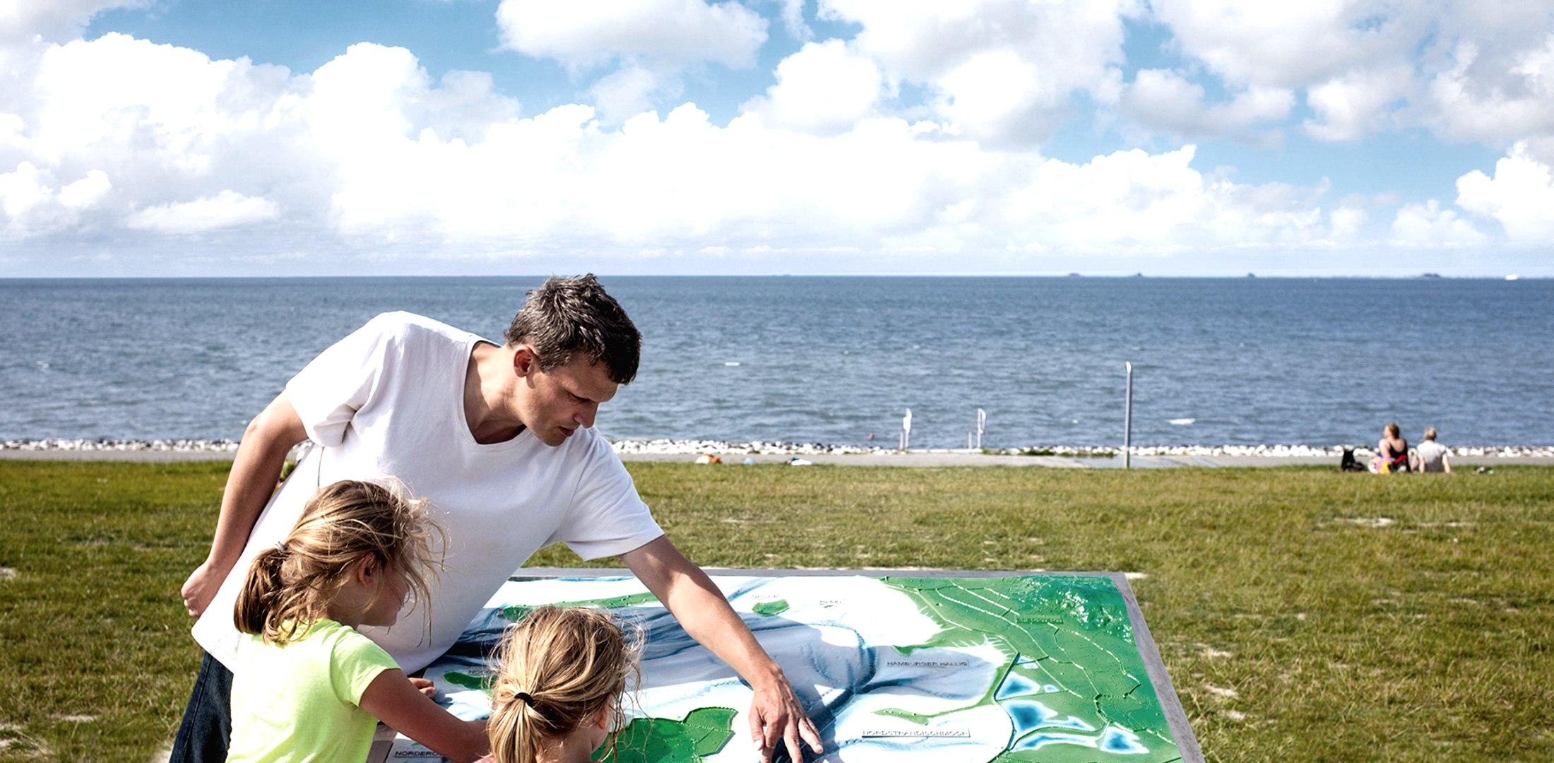 Thementafel gibt Auskunft, © Nordstrand Tourismus
