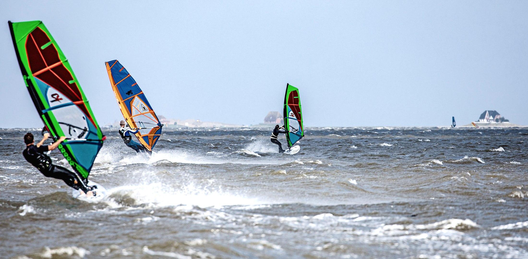 drei Surfer, © Markus Jatzkowski